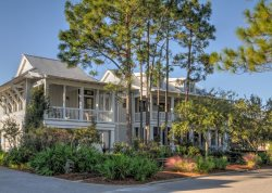 Main & Carriage House Included WaterColor Lake District + Beach Club + Pools + Fireplace + Free Bikes
