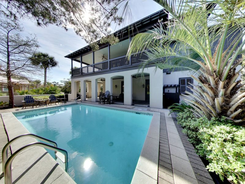 Grits Carlton Is A Luxury Rental With Private Pool + FREE BIKES + Beach  Chair Set Up + Gated Community