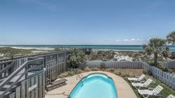 'After Dune Delight' Gulf Front Home + Gulf front Pool, 1/3 acre gulf front private beach, 6 Free Bikes