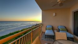 30A Gulf Front Seacrest Beach Luxury Condo + 2 Bikes + Community Lagoon Pool
