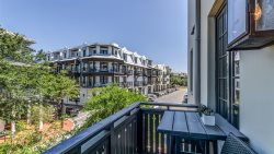 'Ocean's Six' Rosemary Beach Luxury Condo in the heart of downtown + FREE BIKES!