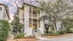 'Summer Cottage' Fabulous Rosemary Beach Vacation Rental Home + FREE BIKES!