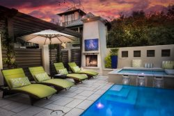 'SummerSalt Cottage' Rosemary Beach South Side Vacation Rental House + Private Pool Spa + FREE BIKES!