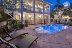 'Tennessee Lagniappe' South Side 30A Rosemary Beach Vacation House and Carriage House with PRIVATE POOL + FREE BIKES!