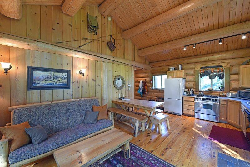Winthrop Cabin Rental Pool Hot Tub
