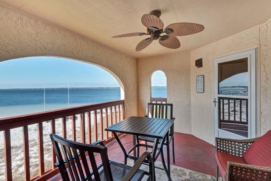 Soundside Navarre Beach Vacation Rentals | Navarre Properties