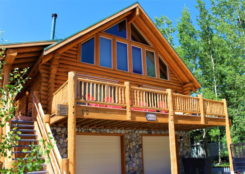 June Lake Village Vacation Rental 3 Bedroom Log Cabin