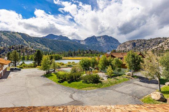 Rent this spacious Interlaken condominium overlooking Gull Lake with incredible views of the Sierra Nevada mountains. Ski, hike, bike, fish and relax June ...