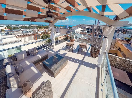 Your private rooftop terrace with ocean view