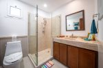 Full kitchen with dish washer and breakfast bar