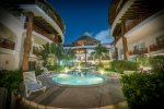 Poolside One Bedroom Rental with Fitness Center - Cheel 101