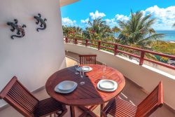 Coco Beach Oceanview Luxury Beachfront Condo - Lolo