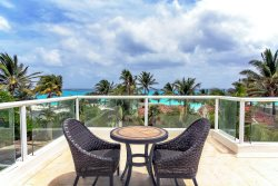 Beachside Playacar Phase 1 Vacation Home - Villa Vista del Mar