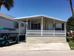 2 Bedroom 2 Bath with Front Porch Pet Friendly - Dogs Only up to 30 Lbs - 3 Month Min in Season WIFI