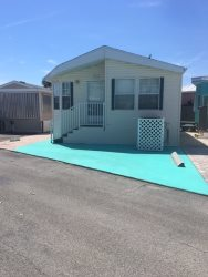 Beautiful 2 bedroom 1 Bath Beach House