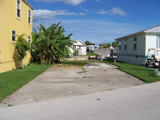 Nettles Island Vacation Rentals | RV Lots | Hutchinson