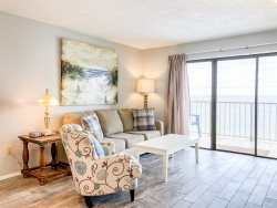 1214- Escape to the Beach!! Renovated Unit with beautiful Gulf Views