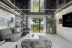 231 - Corner of Paradise Overlooking Gulf Of Mexico, Completely Remodeled Condo w/ Ravishing Interiors and Seasonal Beach Chairs