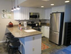 4 Bed - Canyons Townhome - Spacious & Updated