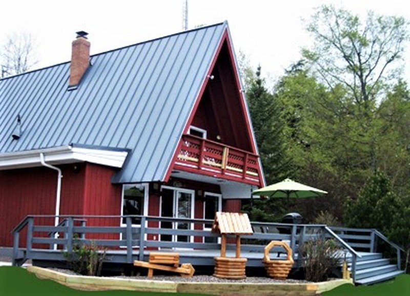 Up North Vacation Lodging - A Frame of Mind - WI