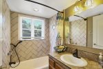 Guest bath Shower Tub
