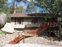 Idyllwild Treehouse Cabin