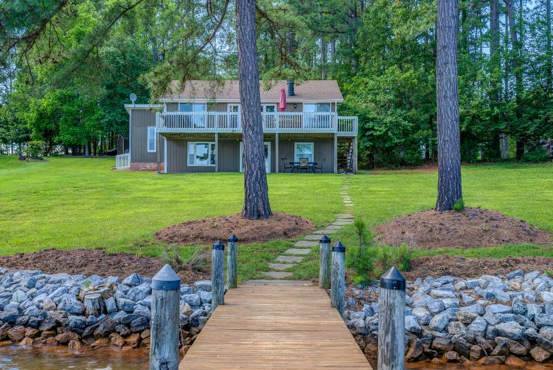 Smith Mountain Lake Vacation Rentals Waterfront With A Dock