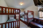 Treetop Townhome Bunk room upper level