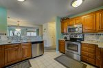 Treetop Townhome Kitchen
