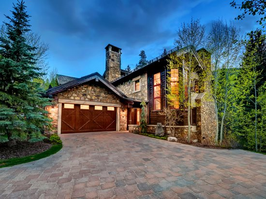 Platinum Rated Gorgeous 4BR Ski In\/Ski Out Home in the Heart of Beaver Creek, Walk or Ski to the Village
