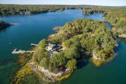 *NEW FOR 2020* Private Vacation Compound on Bremen Peninsula