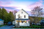 * NEW FOR 2021 * THE BAY HOUSE | BOOTHBAY HARBOR | PET FRIENDLY | WALK TO TOWN