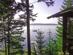 LINEKIN LOG CABIN IN EAST BOOTHBAY | PET-FRIENDLY | PRIVATE DOCK & FLOAT | KAYAKING