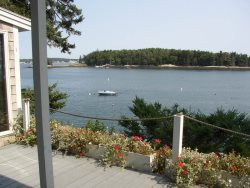 PINE CLIFF DWELLER ON SOUTHPORT ISLAND | OCEAN FRONT COTTAGE | PRIVATE DOCK & FLOAT | FISHING OFF THE DOCK