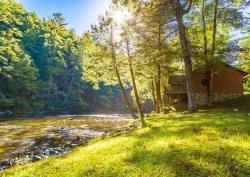 Rivers D Lite -  Beautiful Toccoa River Front Cabin in Heart of Aska Adventure Area