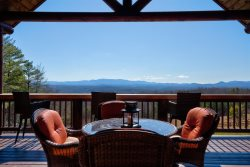 RITZ ON THE ROCKS - Six Bedroom Long Range View Blue Ridge Cabin Rental