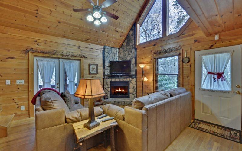 Sugar Creek Hideaway | Blue Ridge Cabin Rentals Georgia