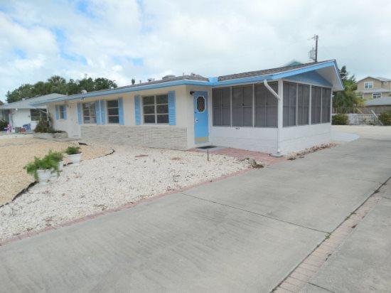 Fran Maxon Real Estate Inc- 408 71st St, Holmes Beach