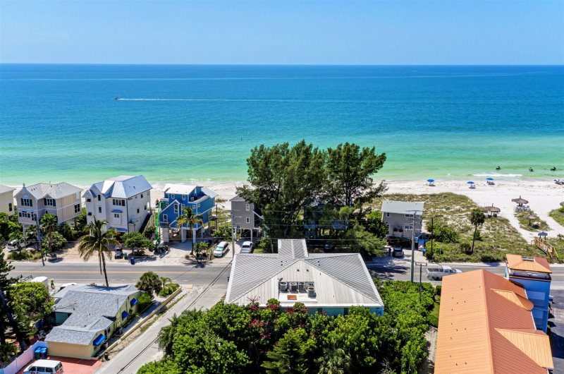 Fran Maxon Real Estate Inc - Key West Condo - 1201 Gulf Drive North