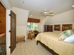 Upper Level Guest Suite - Queen