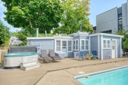 Saugatuck Lodge Pool House: Enjoy a central downtown location with shared pool and hot tub