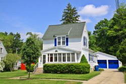 Malabar: Downtown Saugatuck Cottage Ready for Your Getaway