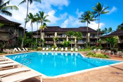 Third floor vacation condo with great view of Wailua Bay