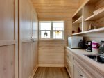Sister House Loft Kitchenette