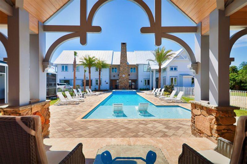 Stone S Throw Beach Reunion Vacation Rentals Destin