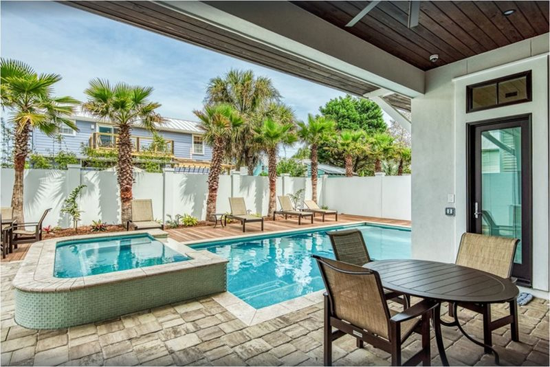 Coast Is Clear Beach Reunion Vacation Home Rentals