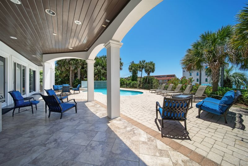 Over The Top Beach Reunion Vacation Home Rentals