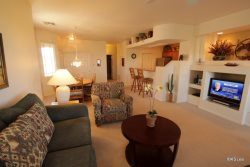Stay With Us in Oro Valley! Spacious, Three Bedroom, Upper Level, Town Home at Vistoso II Golf Villas