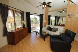 One Bedroom, Upper Level Condo at Coronado Place, North East Near Udall Park