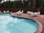 Red Mountain guests are welcome to use the Summerwood Clubhouse pool and tennis courts
